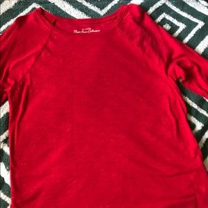 red hollister long sleeve
